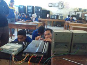 Praktik setting instalasi sound sistem
