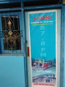 STUDIO KHARISMA FM SMK UHA BOJA