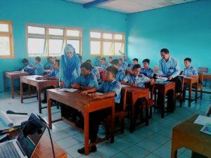Supervisi Guru ( Kunjungan Kelas)